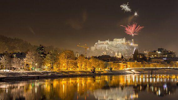 Silvesterfeuerwerk über Salzburg. Bild SN - schöne heimat - wolfgang kaml