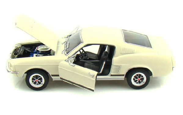 1967 Ford Mustang Gt Hard Top Die Cast By Welly 1 24 Cream New