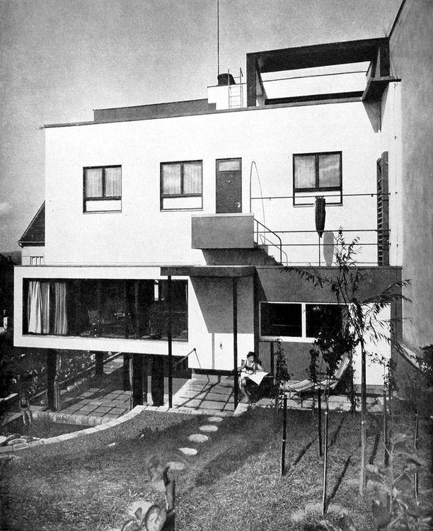 Architect 39 s own villa ji kroha brno czechoslovakia for Architecture 1930