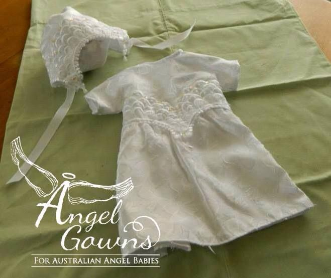 Angel Gowns For Australian Angel Babies #AngelGownsAust