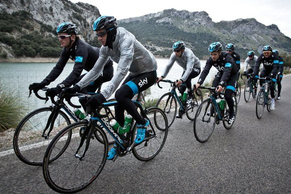 Team Sky's cyclists prepare for the 2013 season witrh a training ride in Majorca (Team Sky)