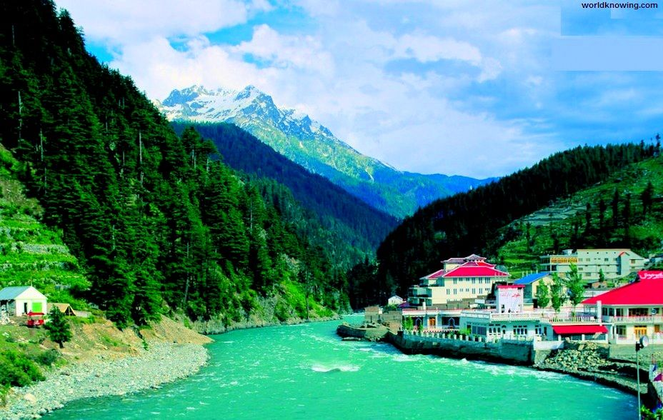 Top 10 Most Beautiful Natural Places In Stan World Knowing