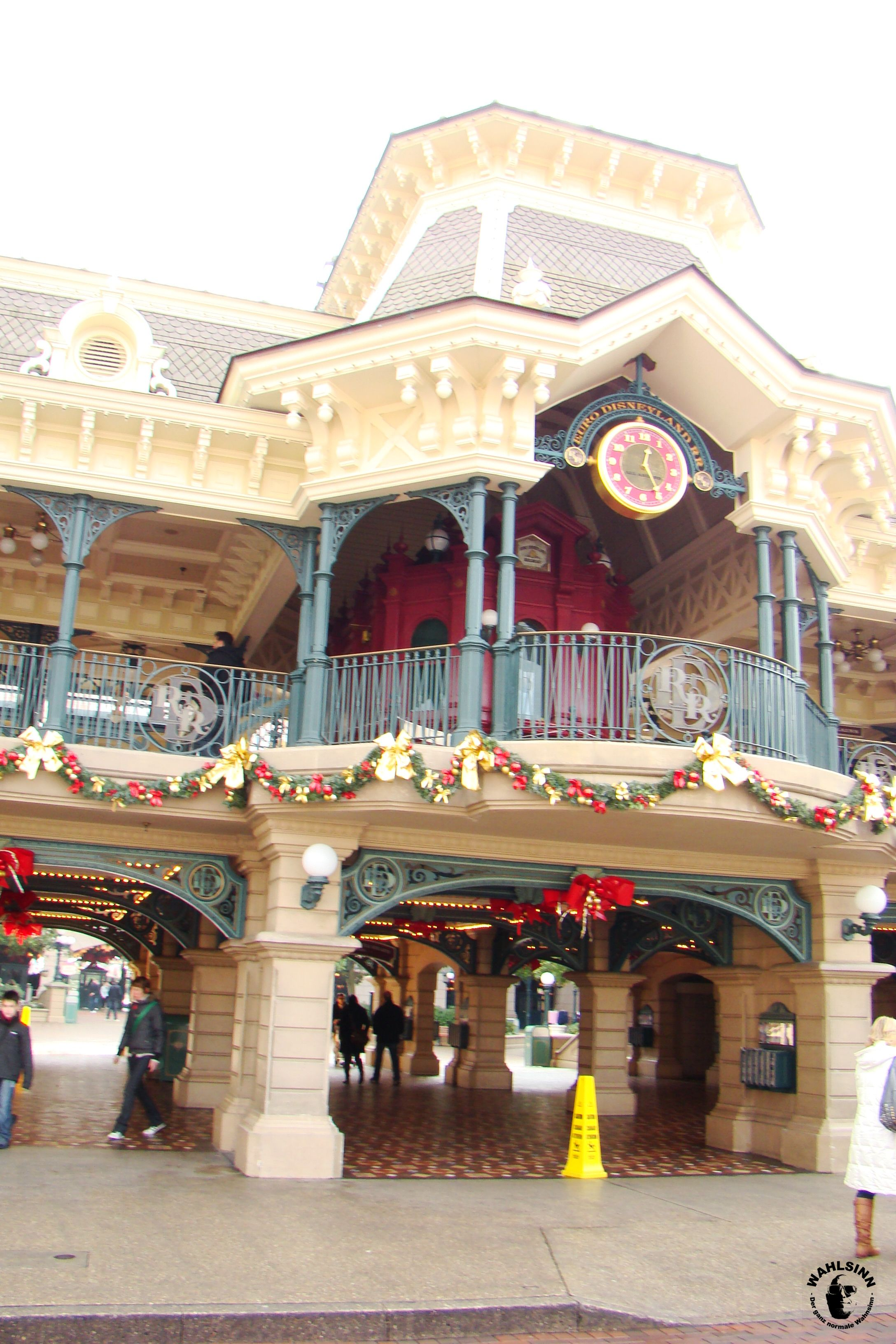 Disneyland Paris - Mainstation