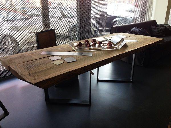 Rivestimento Tavolo ~ Tavolo con piano composto da due tavole di olmo assemblate g