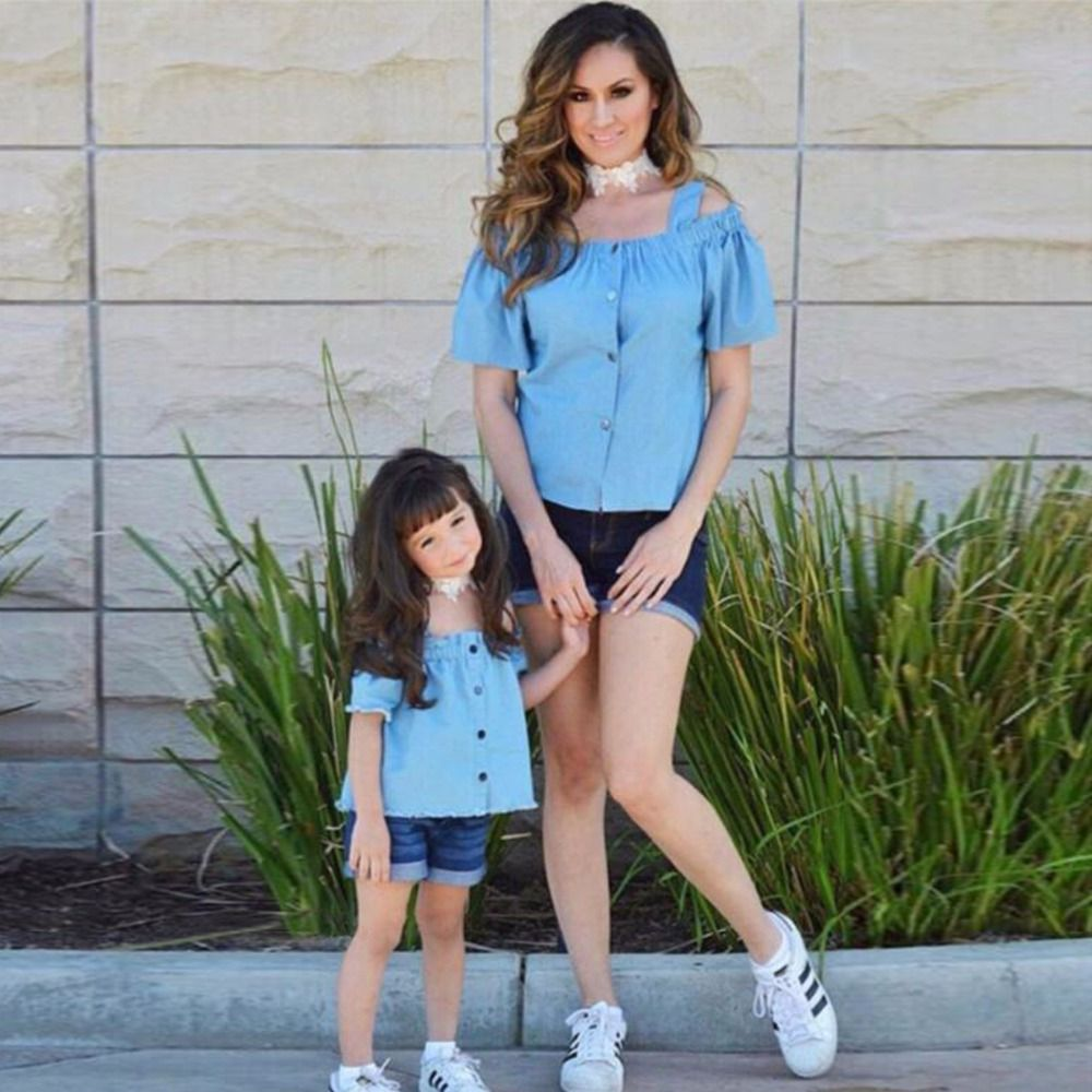 9d4d01f3f74 Summer Family Matching Mother Daughter Clothes Set Sweet Mom Girl 2pcs Outfits  Mommy Me Summer Off Shoulder Blouse +Denim Short