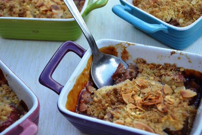 Easy Rhubarb Crumble - no need to pre-cook the rhubarb. With an almond topping. http://www.gourmetmum.tv/easy-recipes/easy-rhubarb-crumble.html
