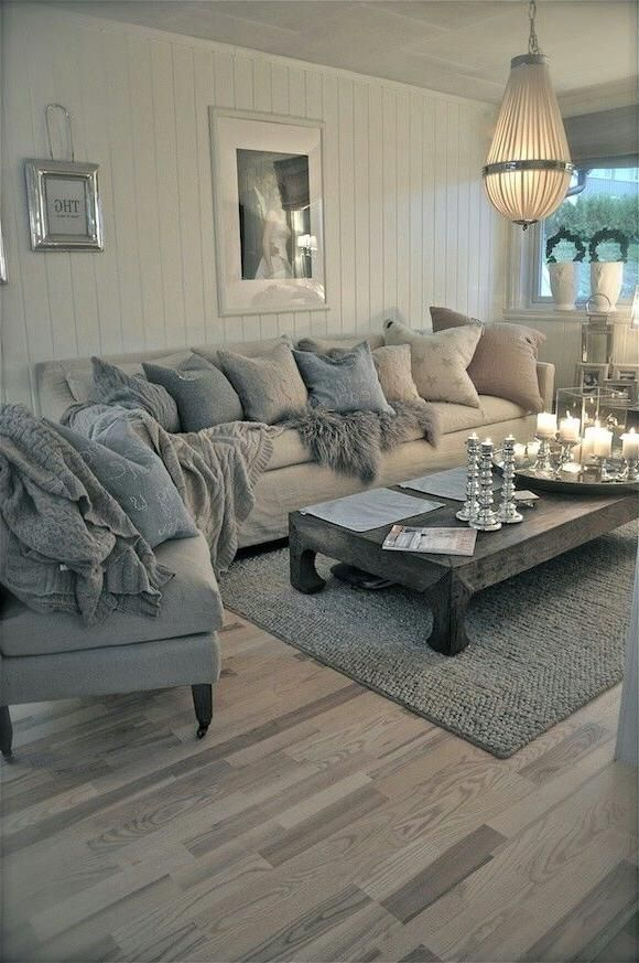 Love The Rustic Feel With Blue Tan And Grey Indoorlyfe Com Chic Living Room Decor French Country Decorating Living Room Living Room Decor Country