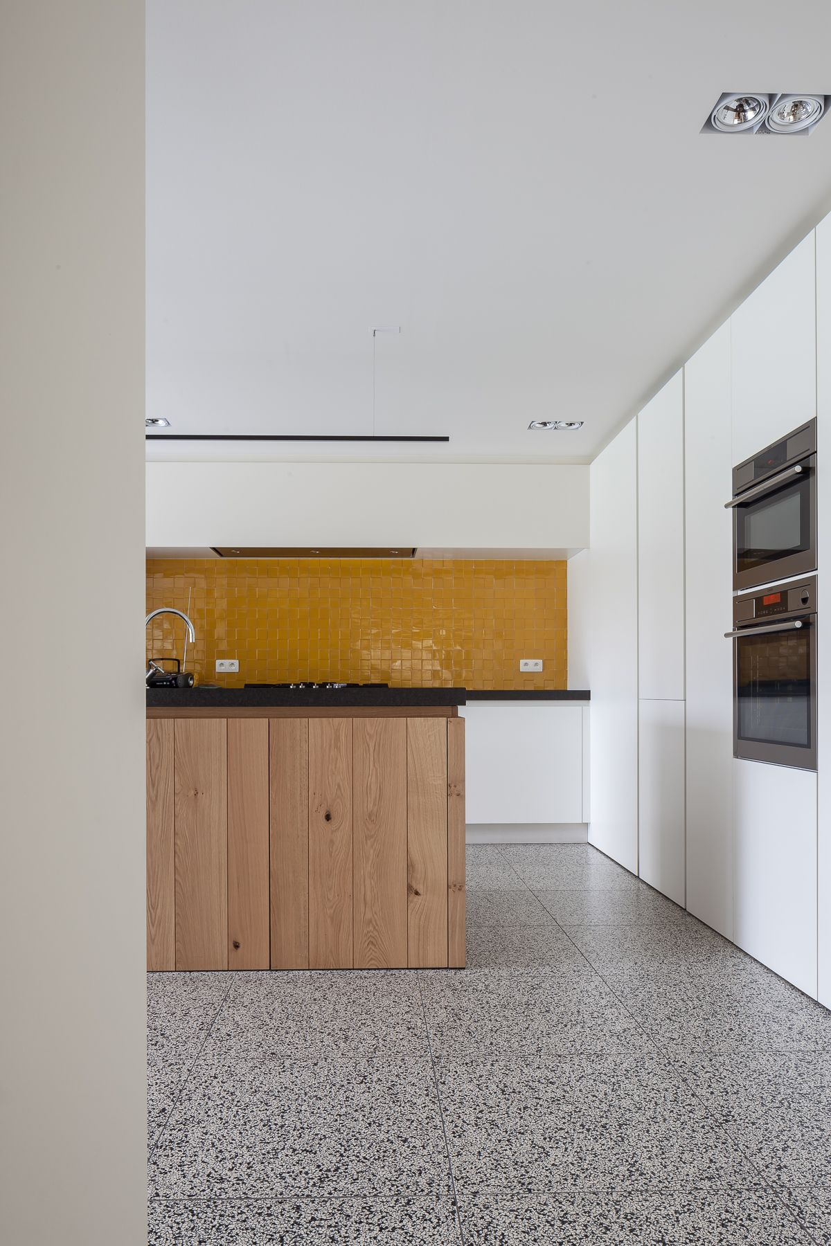 compact tiles by bomarbre cp 1204 amsterdam 60x60 mr granito mrs terrazzo pinterest. Black Bedroom Furniture Sets. Home Design Ideas