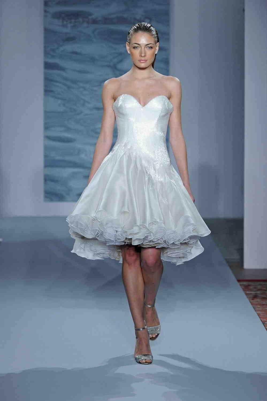 Mark Zunino Fall 2015 Wedding Dresses – Runway