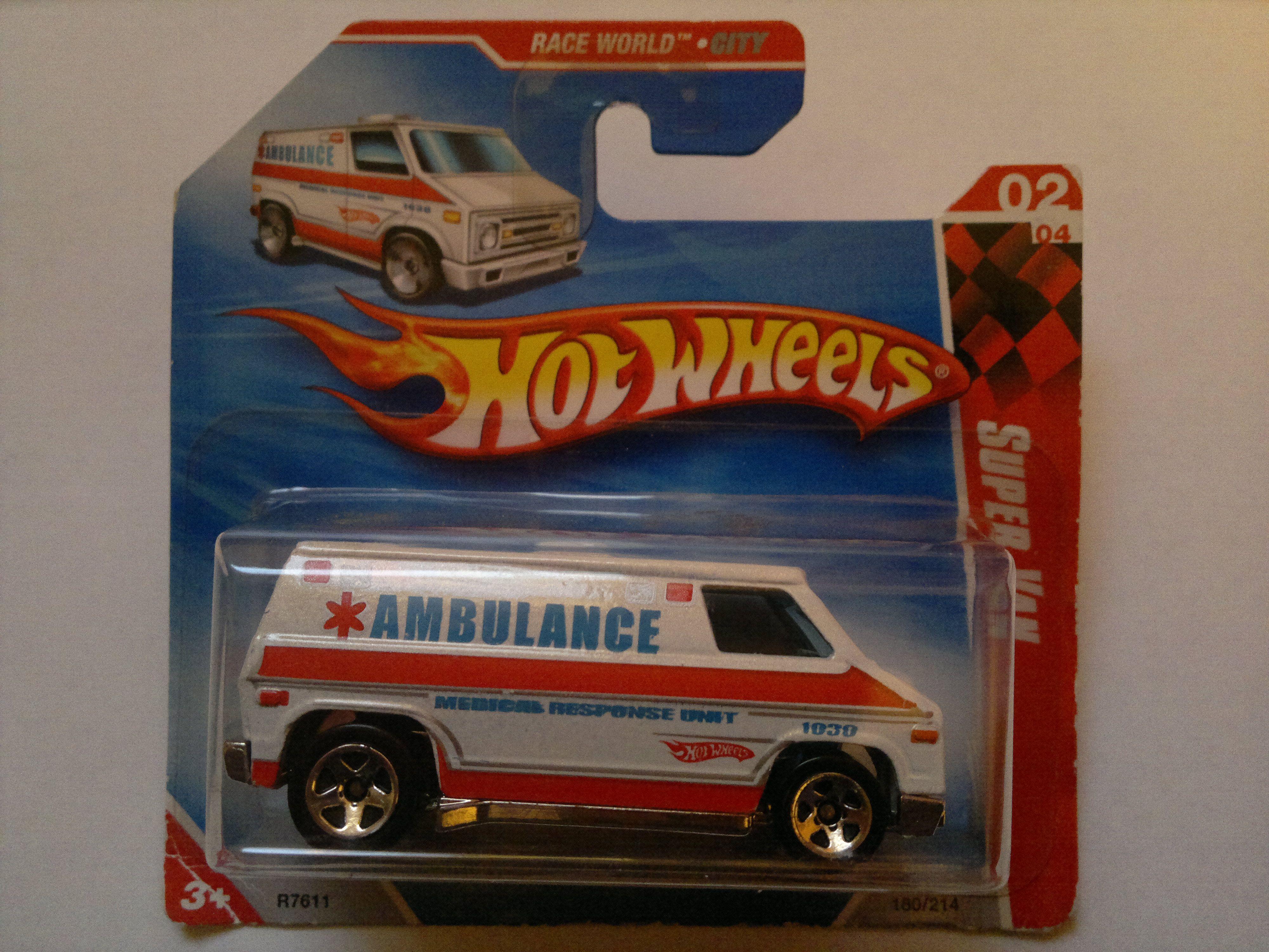 Hot wheels redline the heavyweights ambulance 1969 hong kong gotta have it hotwheels hotwheelsredlinetheheavyweightsambulance1969 pinterest wheels