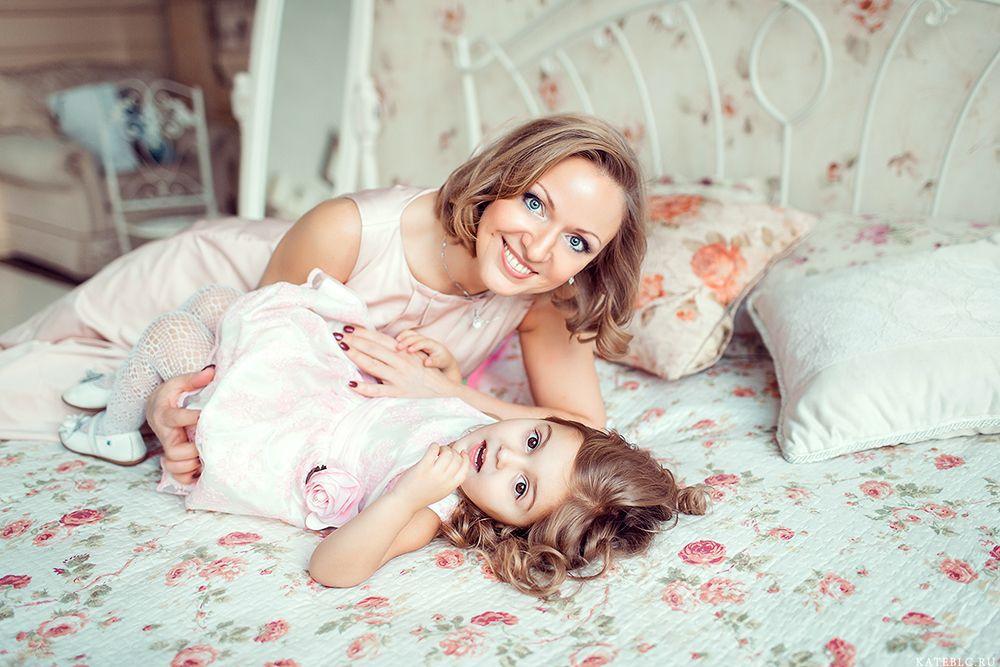 Мать и дочка групповое