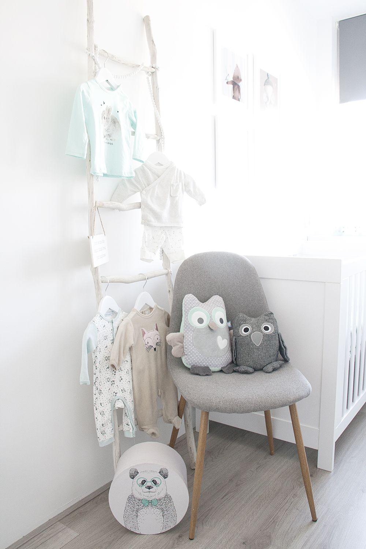 Mintgroene Babykamer Accessoires.Onze Mintgroene Babykamer Kinderkamer Met Kuipstoel Van