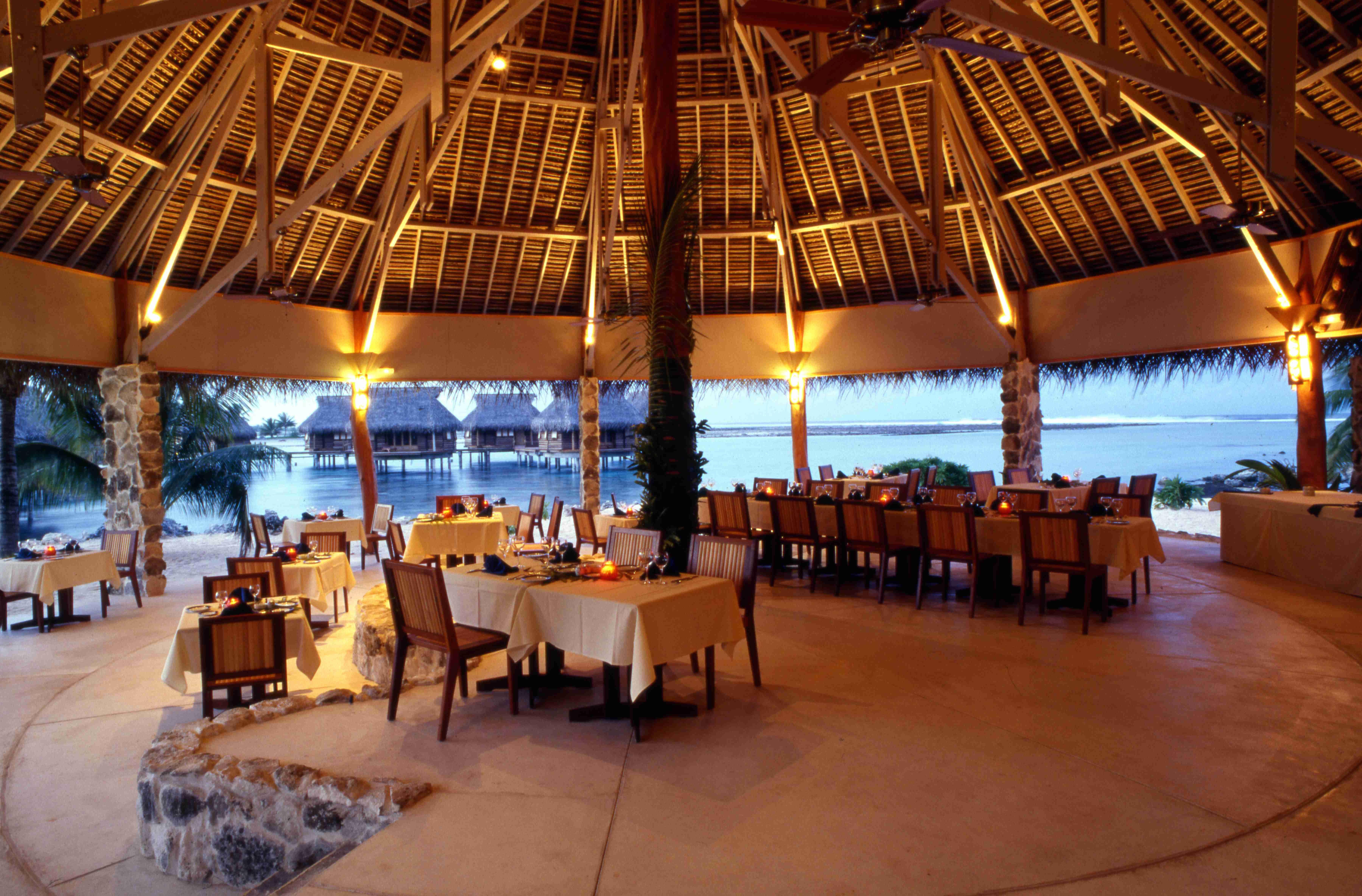 Restaurant Tikehau Pearl Beach Resort