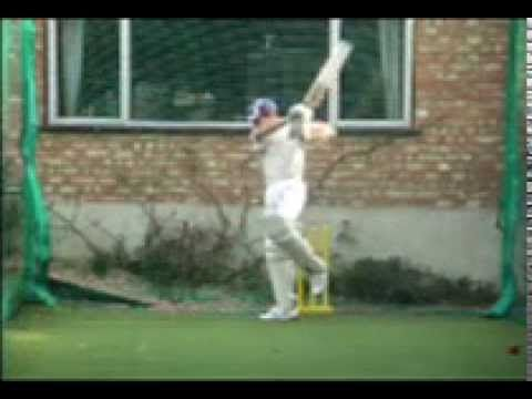 Great Cricket Batting - How to Play Cricket Shots - Back Foot Off Drives