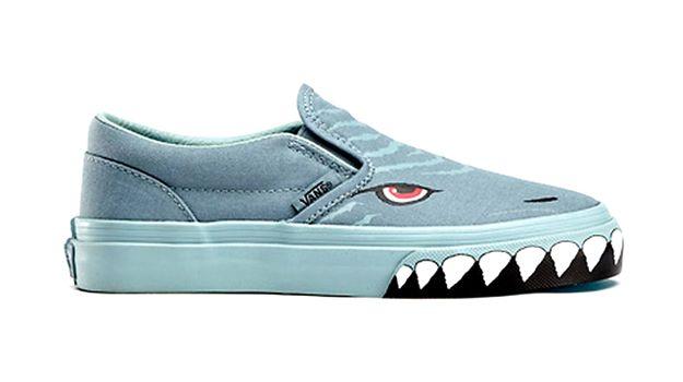2b767f358c Vans Shark Shoe