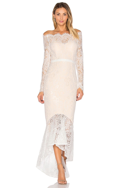 Elle Zeitoune Marchesa Gown In White Goruntuler Ile Kiyafet Elbise Elbise Modelleri