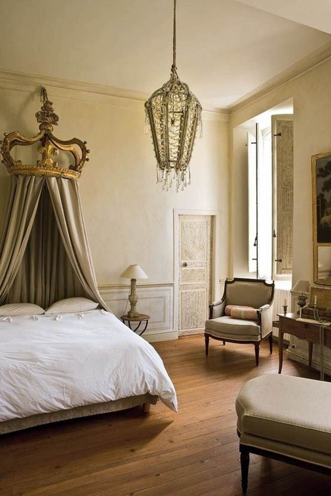 French Romantic Bedroom: Adorable French Decorating Style : Romantic French