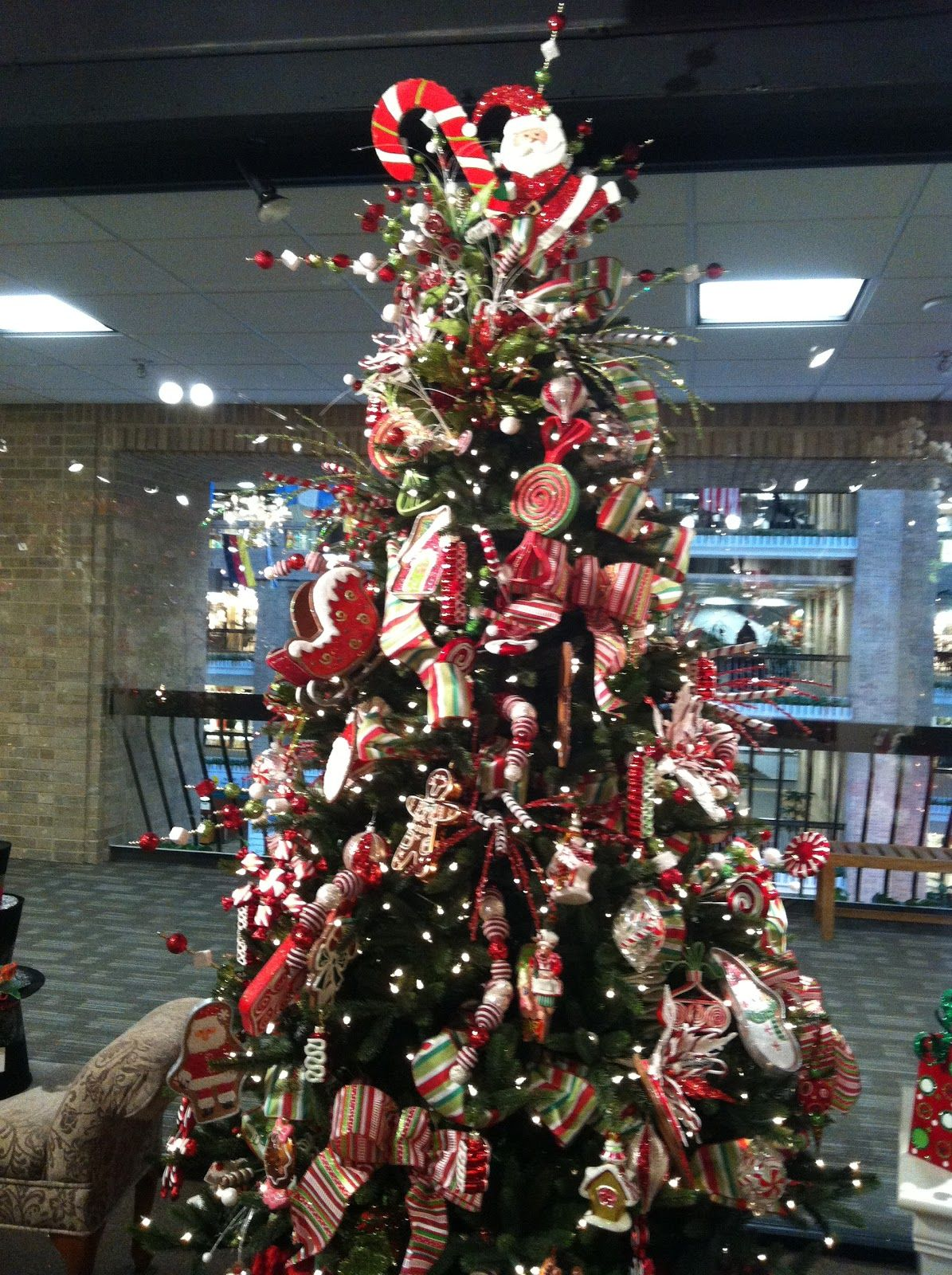 """Candy Cane Christmas Tree Decorations Look At Those Adorable Reindeer """"o Christmas Tree"""" 3"""
