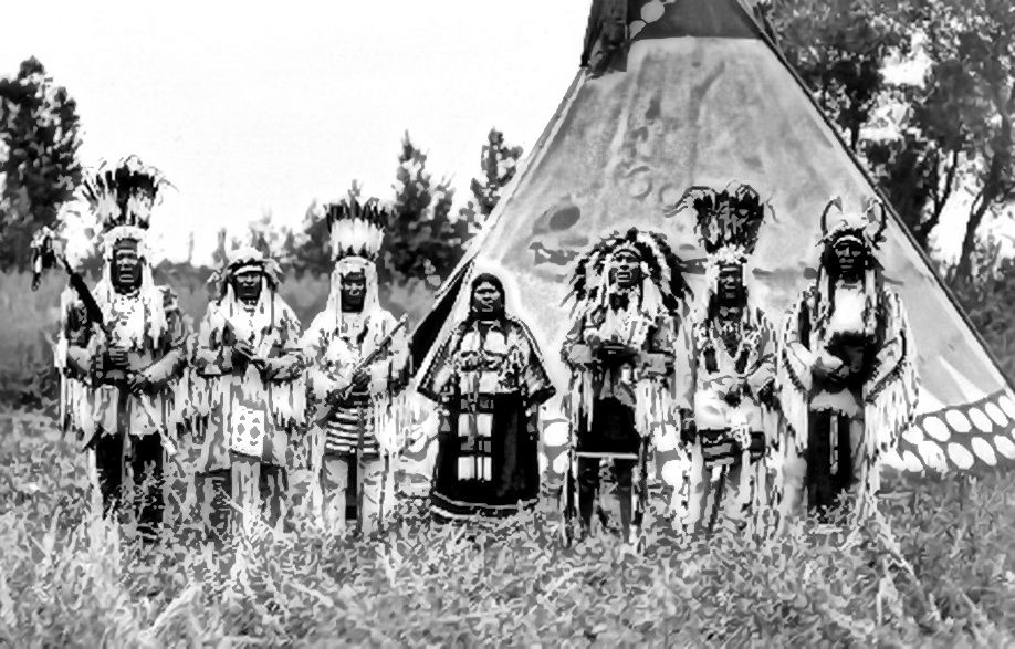 the blackfoot indians of alberta and montana Blackfoot indian tribe  they lived in montana while the three other tribes were located in alberta, canada  american indian tribes amazon, blackfoot, cherokee.