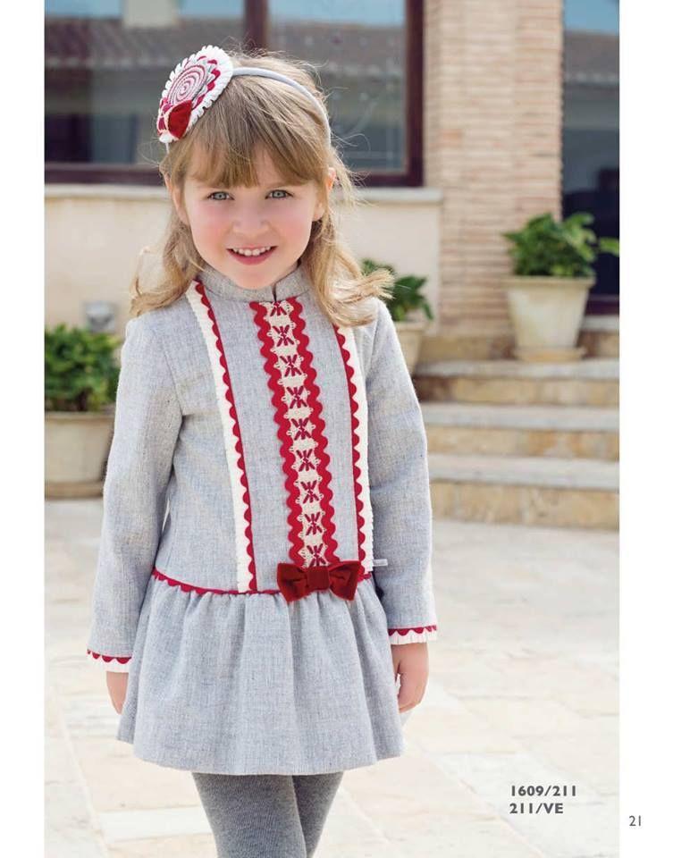 eb0f08cb7 Vestido de niña MIRANDA