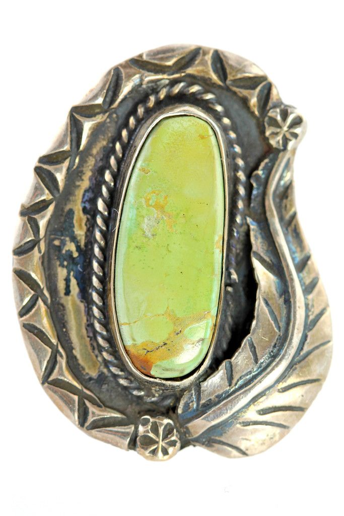 Vintage Navajo 925 Sterling Silver & Green Turquoise Ring size 8