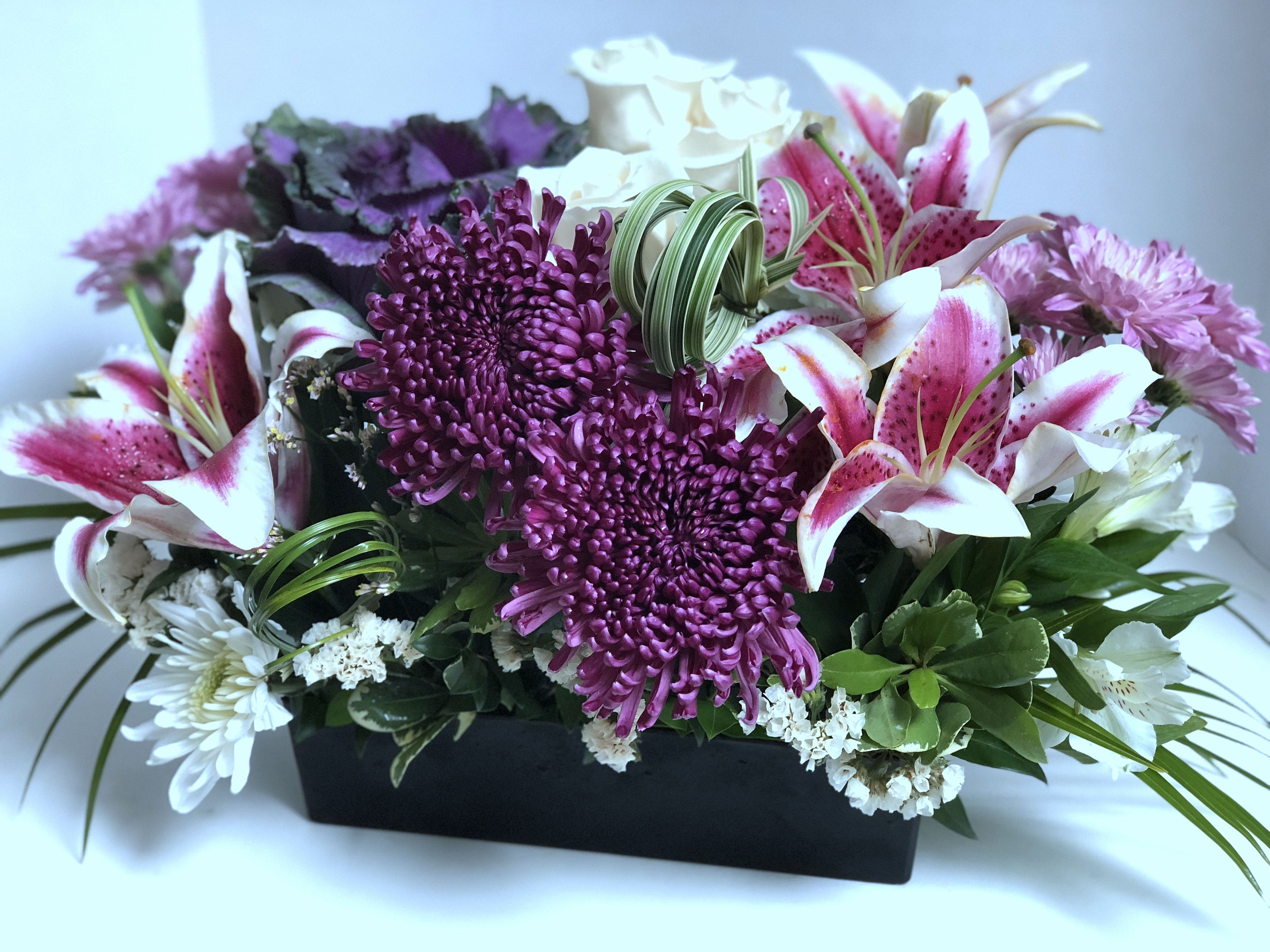 Lilies version 2 w purple cremon white roses