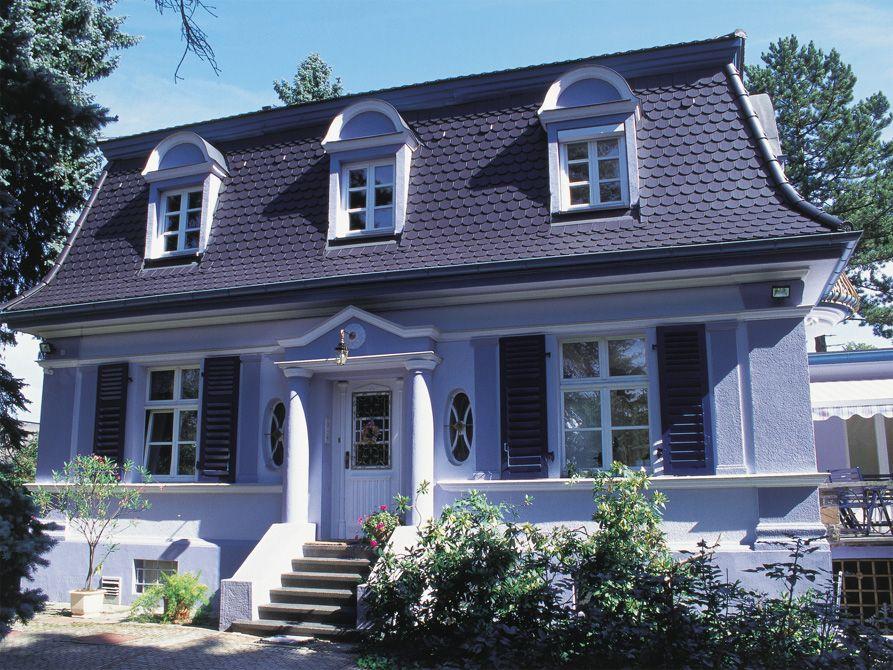 Dachziegel anthrazit stadtvilla  Kleine Villa mit Opal Standard Biberschwanzziegel Anthrazit | Haus ...
