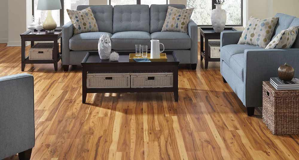Pergo Flooring Installation Cost Per Square Foot Feels Free To Follow Us In 2020 Bamboo Flooring Living Room Pergo Laminate Flooring Floor Installation