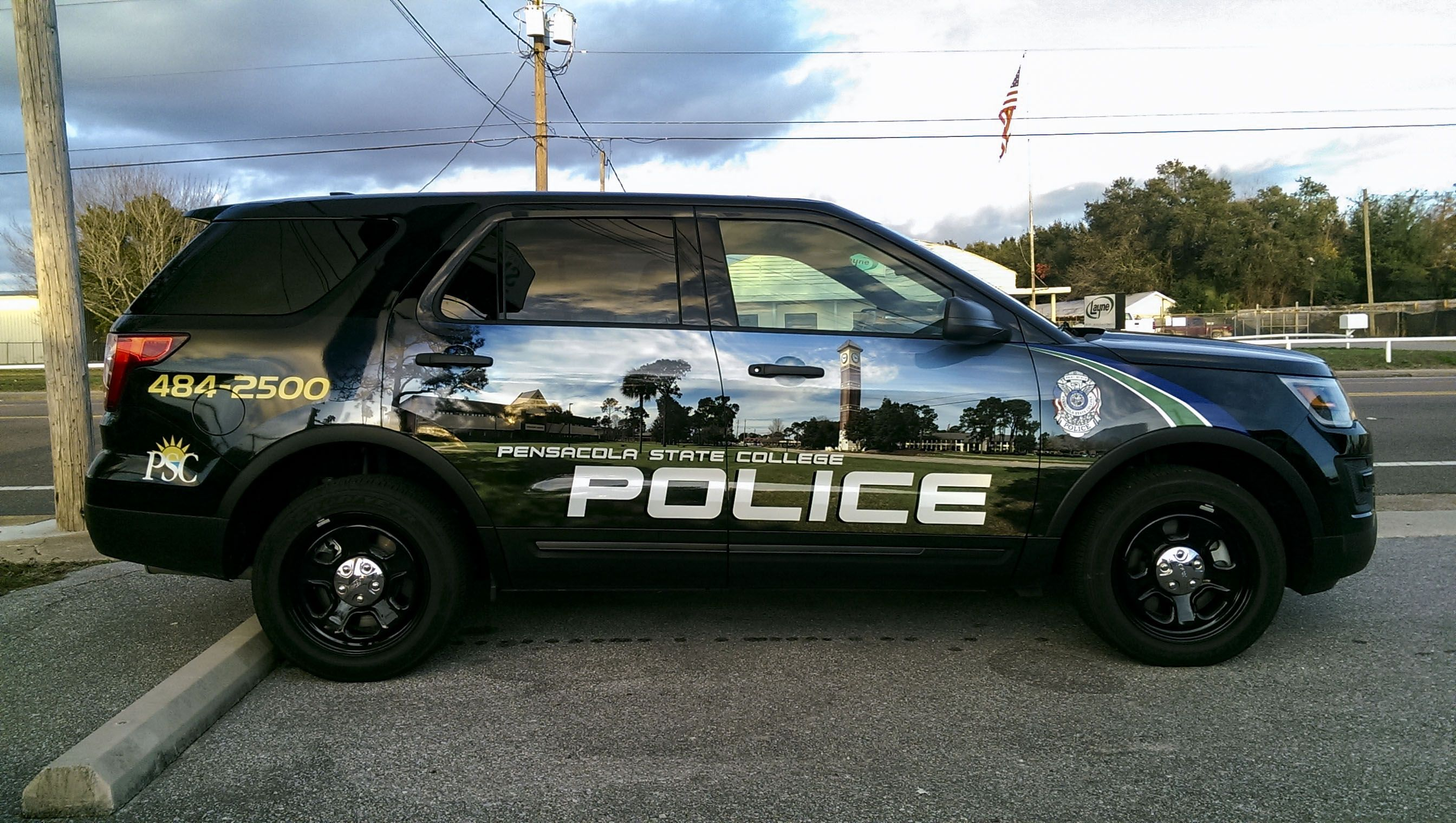 Pensacola State College Police SUV wrap by Pensacola Sign in
