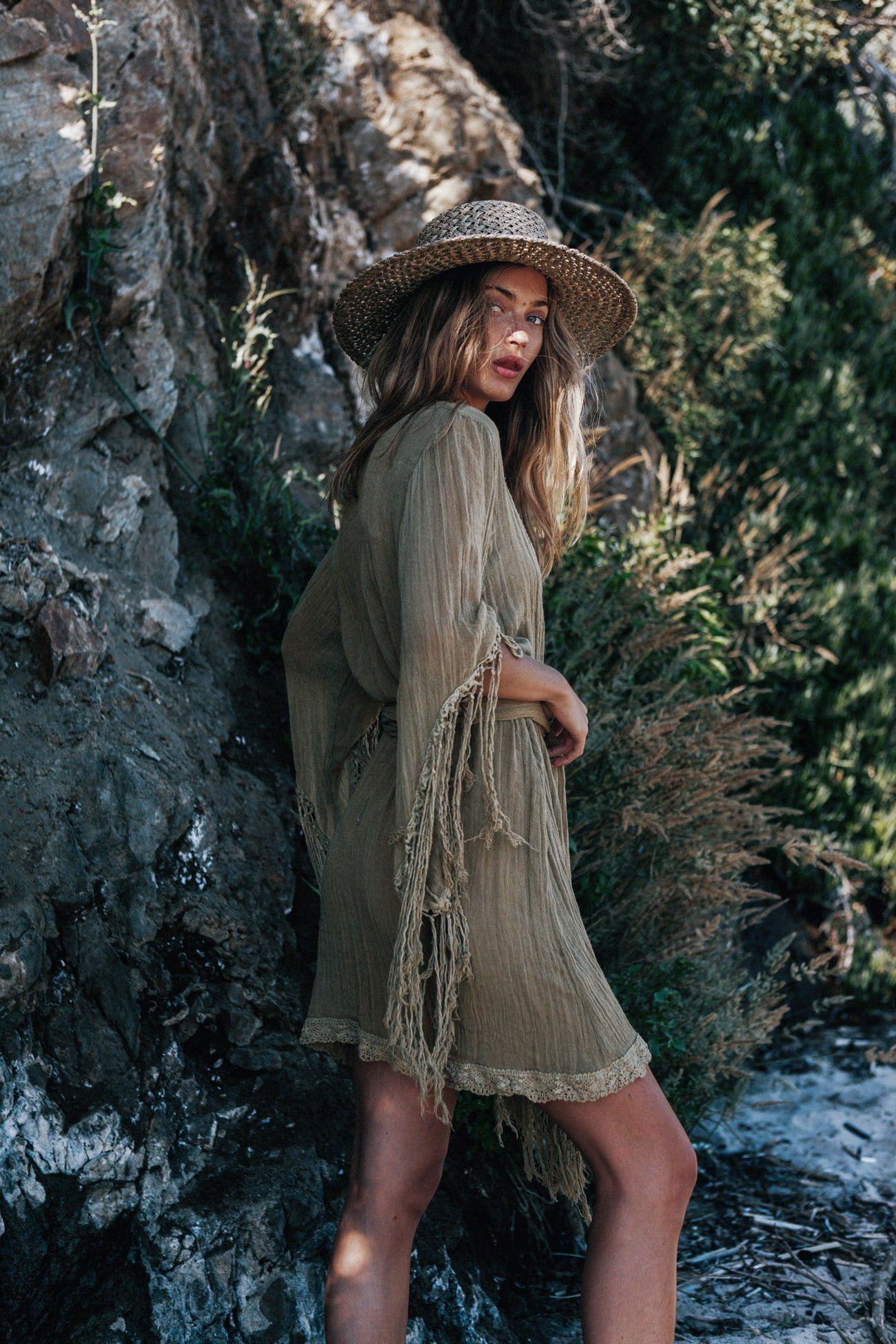 Comprehensive Bohemian Style Interiors Guide To Use In: Fashion, Boho Fashion, Boho Dress