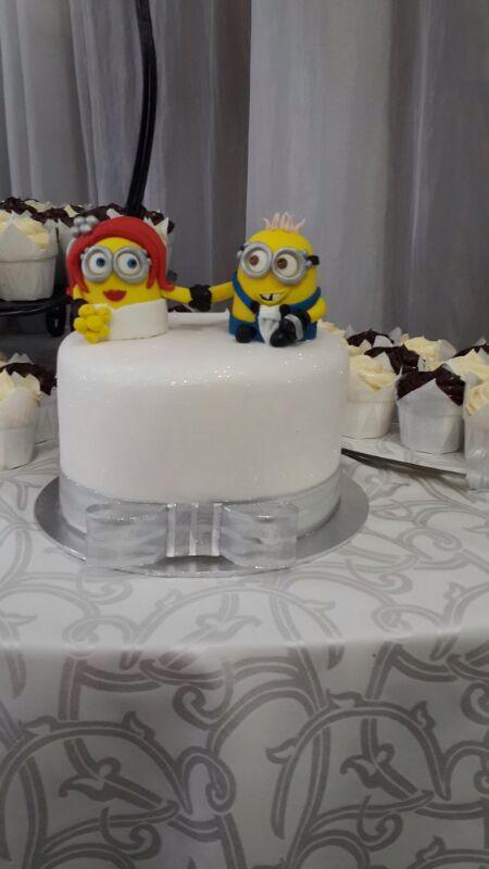 Minions wedding cake   Cakes by Ronel   Pinterest   Cake and     Minions wedding cake