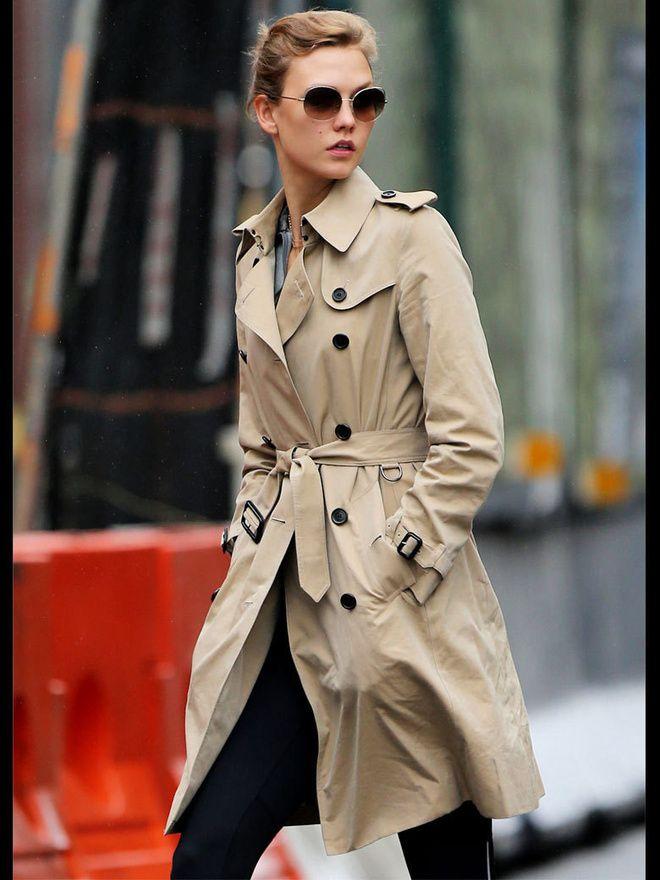 Comment porter le trench mannequins models pinterest manteau mode femme et basique - Comment porter un trench femme ...
