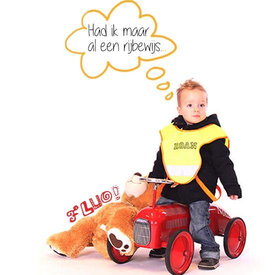 FLUO! Verzeker jouw kids een veilige rit naar school! Ontdek het assortiment op : www.babygoodies.be