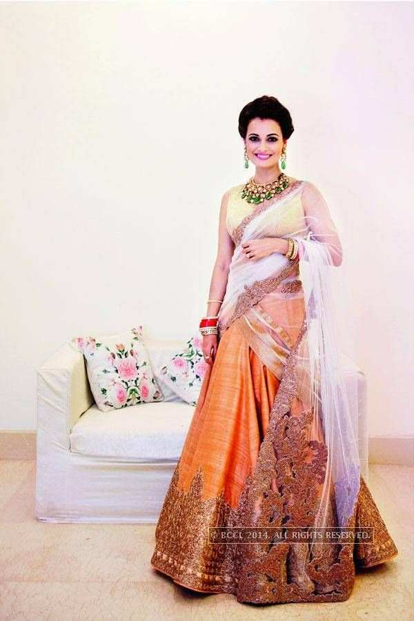 Dia Mirza looked resplendent in a peach wedding reception lehenga - The  Times of India