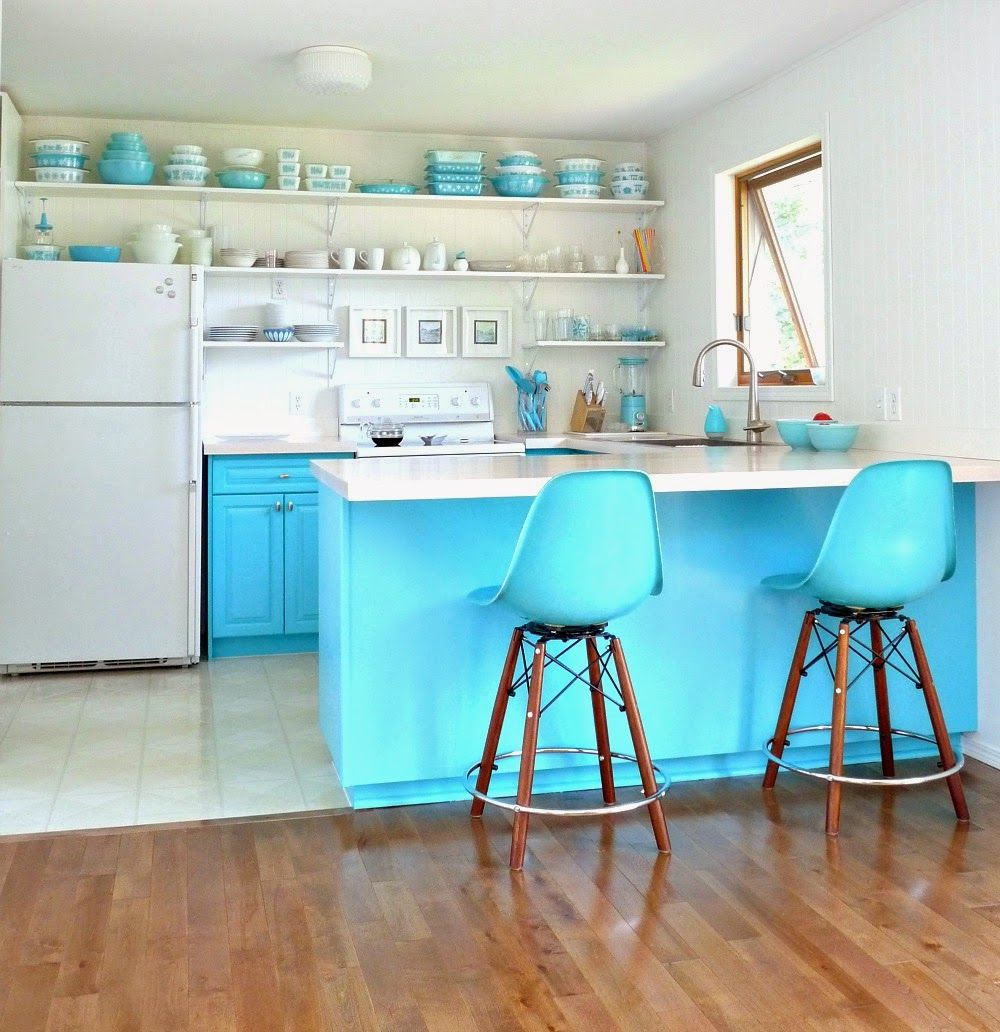This looks kind of like my kitchen, except they need the blue and ...