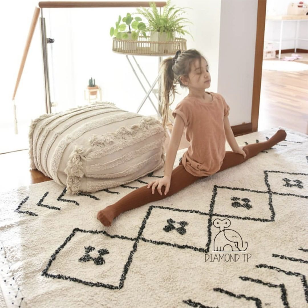New In Cotton Rug Shoplinkinbio Share Follow Comment Tag Your Familly Comment Cotton Familly Fol With Images Diy Girls Bedroom Baby Play Rugs Kids Rugs
