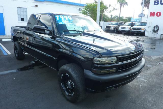 2000 Chevrolet Silverado 1500 Lt Ext Cab 3 Door Short Bed 4wd Chevrolet Trucks Chevrolet 2000 Chevy Silverado