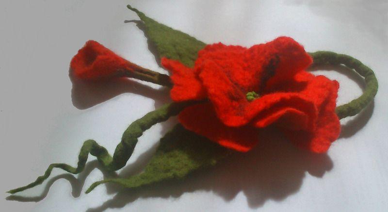 Broszka Z Filcu Czerwona Mak W Hand Made By Justka Na Dawanda Com Stuffed Peppers Handmade Strawberry