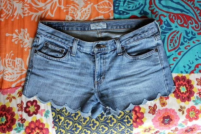 DIY Summer  : DIY Scalloped Denim Shorts