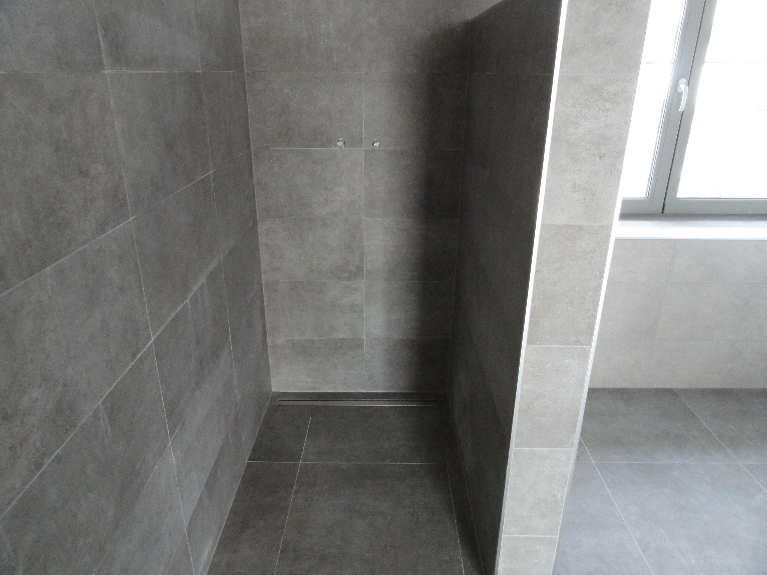 Inloopdouche Zonder Glas : Inloopdouche gerealiseerde vloer en tegelwerken