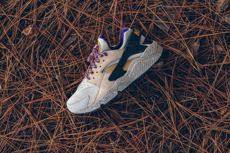 4d9213b796425 Nike Air Huarache Run Premium - Linen Golden Beige