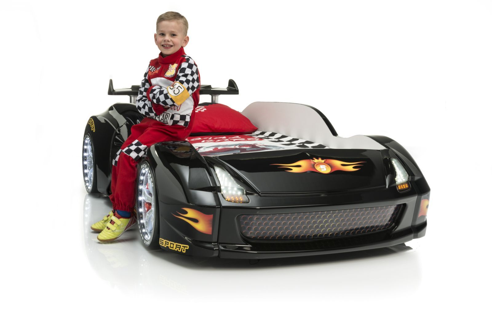 kinderbett im rennwagen look racer fivex speed in schwarz. Black Bedroom Furniture Sets. Home Design Ideas