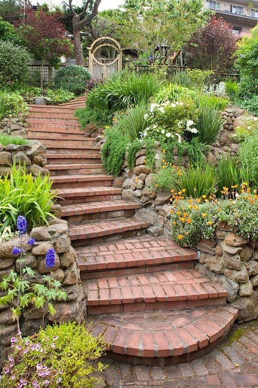 If you have a stone pathway or steps that you want dressed up snazzy you can use a large garden to accentuate these paths and steps. Large gardens can keep people on the path and headed in the right direction