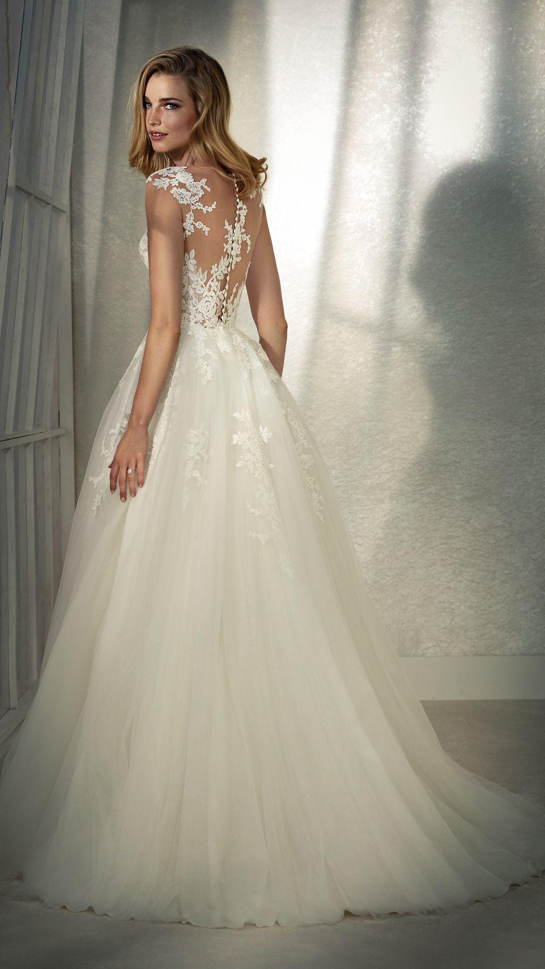 Hochzeitskleider 200 White One Kollektion Modell: FELICIDAD-C-20