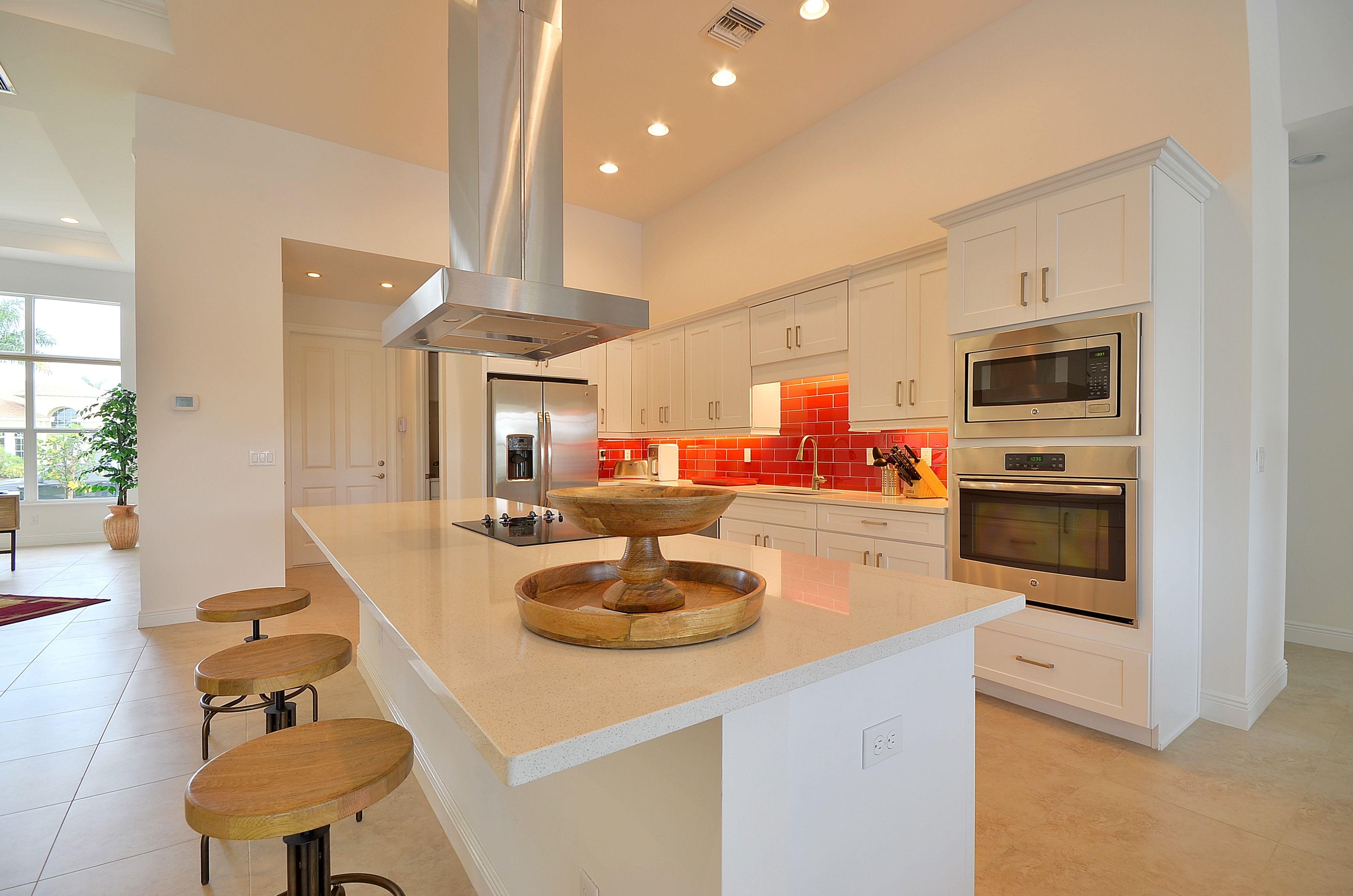 Modern Kitchen Cape Coral