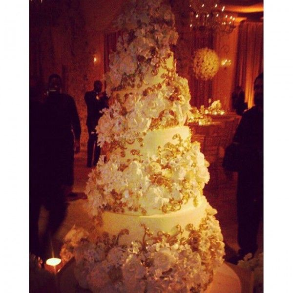 First Look Steve Harvey S Daughter Karli Gets Married Getting Married Wedding Cakes Sweet Lady Jane