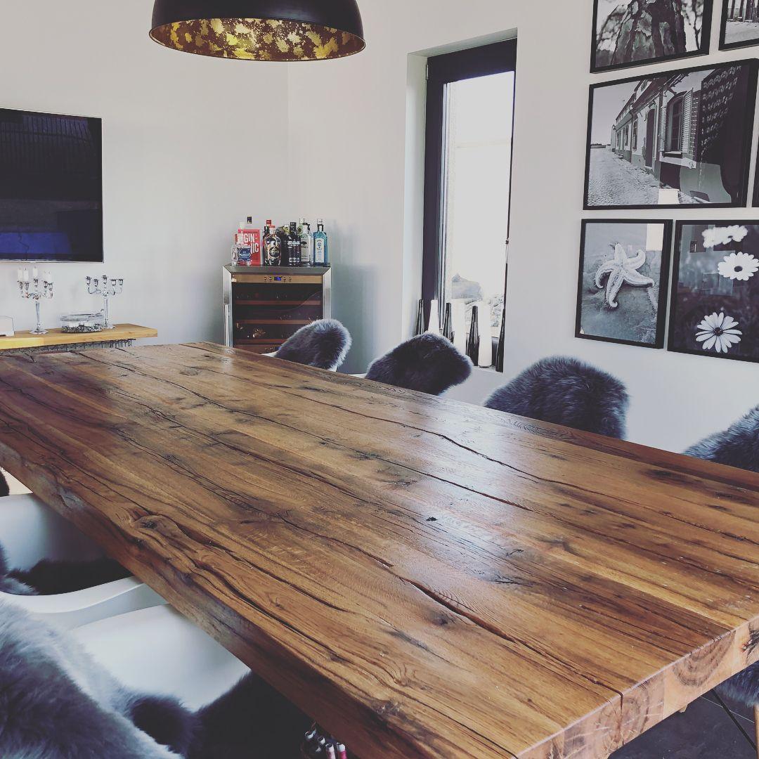 Esstisch Aus Alteiche 3 M Lang Mit Einer 6 Cm Breiten Platte Esstisch Esstisch Eiche Tisch