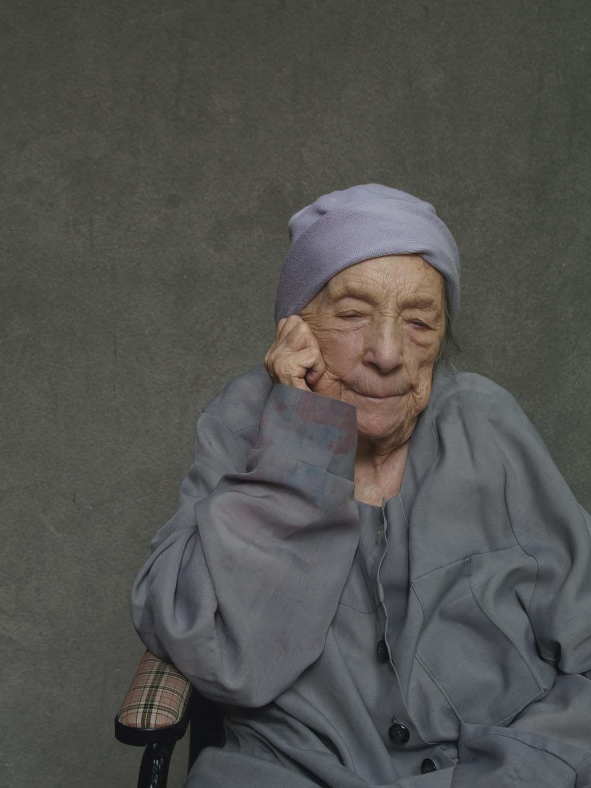 Louise Bourgeois  Photo by Alex Van Gelder, September 2010.