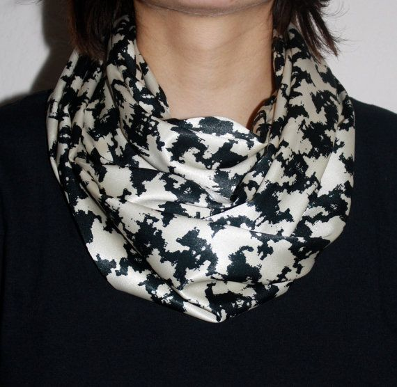 Popular infinity scarf cowl in Cream/Black by PaulaMadeIt on Etsy, $15.00