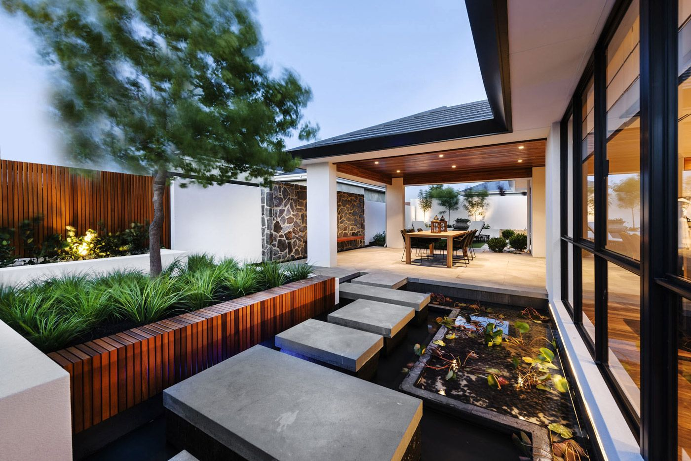 Stepping Stones Water Feature Veranda Outdoor Dining House in